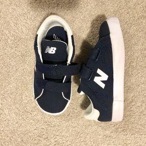 New Balance NWOT boys shoes